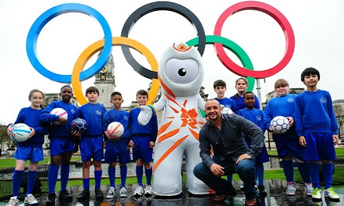 Wenlock with Olympic Rings in Cardiff