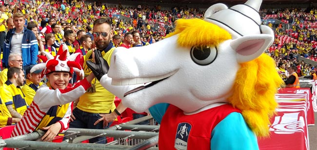 Blue Peter & The FA Design Competition results in winning Mascot unveiled at FA Cup Final in front of 90,000!