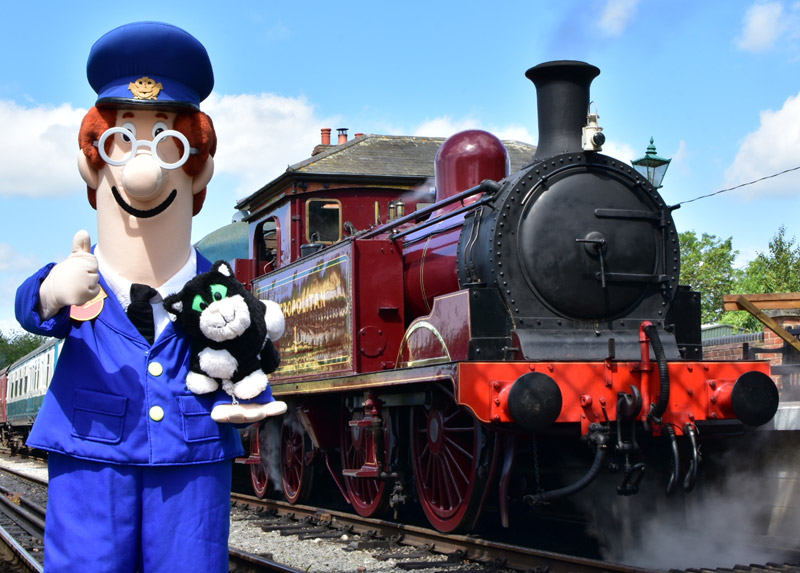 Postman Pat® and Jess the Cat