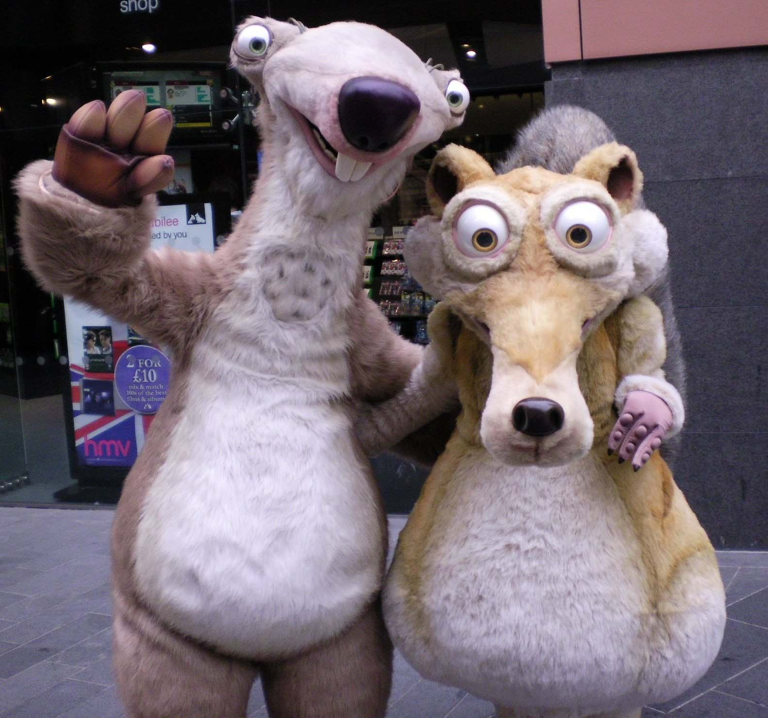 Sid, Scrat and Diego mascots in action