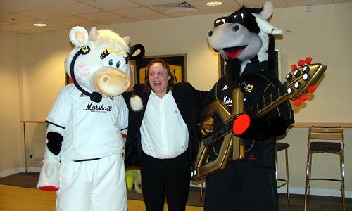 MK Dons Football Mascot - Donnie Mooie