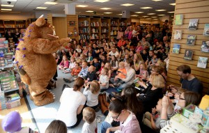 Gruffalo appearance during visit to bookshop