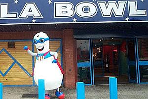 Super Pin LA Bowl