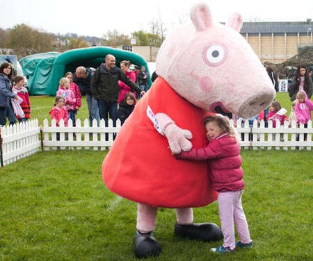 & Peppa Pig Family Costumes - Blog | Rainbow Productions